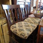 Wood pattern chairs with cushions